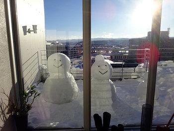雪の季節には、テラスにこんなかわいらしい演出がされたことも!北海道内でも雪の多い土地とされる旭川ならではです。