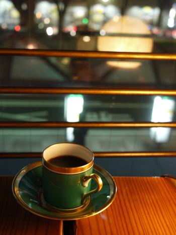 コーヒー専門店だから、他のカフェでは頼めないようなコーヒーメニューも。ぜひお店の方と会話をしながら、新しいコーヒーの味をみつけてみて。
