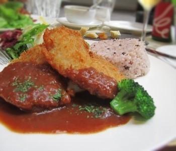 肉or魚介、その他からチョイスする週替わり。(筆者撮影)