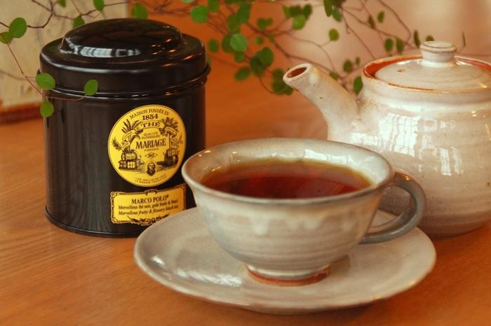 休憩時間に、食後に…ほっと一息つきたい時に飲む美味しい紅茶。 ペットボトルやティーバッグもいいけれど、少し余裕のある時はポットを使って茶葉から淹れてみませんか?
