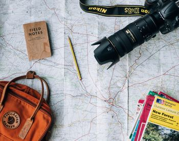 ひとり旅の心得 1.行きたいところ、やりたいことをある程度明確にしておく 2.その土地の気候を調べておく 3.危険な場所がないかチェックしておく 4.1日に使う予算を決めておく  ひとり旅は気ままだけど、どんな場面でも自分で責任を持って行動しなければなりません。だから、旅を快適にするためにも大事なことは予めリストアップし、メモを取っておくことをおすすめします。