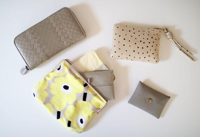 お財布やポーチなどと色味を揃えれば、バッグの中も素敵にコーディネート出来そうですね!
