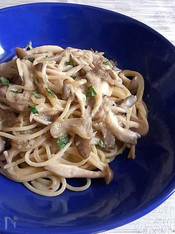 こちらもアマランサスのたらこに似た食感を活かしたパスタ。じゃがいもと混ぜて「タラモサラダ風」にいただくレシピも。