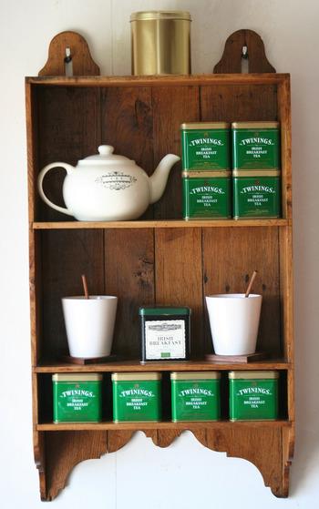 フレーバーティーは、お花や果物で風味づけした紅茶のことをいいます。 自然素材を使うものと、合成香料を使うものなど様々です。 紅茶専門店だけでなくスーパーなどでも手軽に購入することができます。