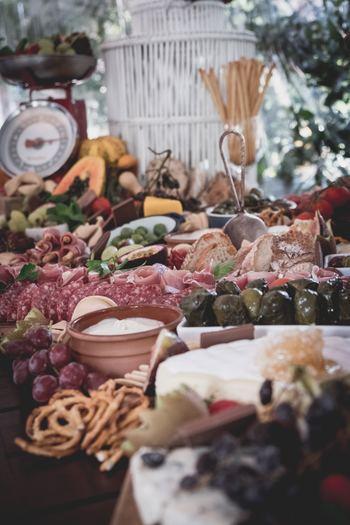 レストランやバルでおいしい料理を口にしたら、店員にも「¡Qué rico!(ケ・リコ)」と感想を伝えてみてください。 たくさん「おいしい!」と言えるものに巡り合える旅になるといいですね。