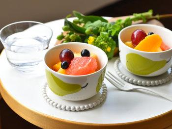 何を入れても華やかに彩ってくれるボウルは、スープはもちろん3時のおやつにも◎。