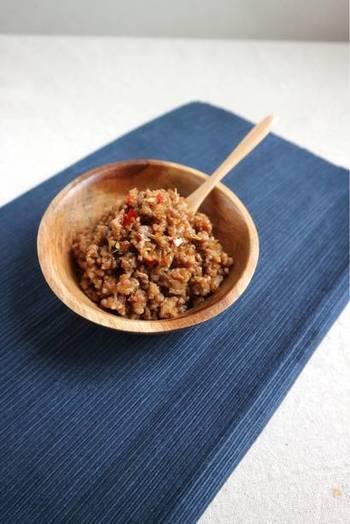 そうめんの献立をボリュームアップさせたいときには、お肉のおかずがおすすめ。こちらのレシピは炒めるだけで簡単にできますよ。ご飯にも合うから、いろいろ使い回しができて助かる一品。