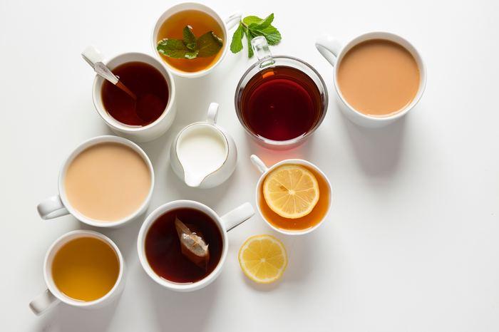 お茶を使ったスイーツというと、「抹茶」や「アールグレイ」の味を思い浮かべる方が多いのでないでしょうか?でもちょっと待って!スイーツに使われるお茶の種類ってもっとたくさんあるんですよ!今回は人気の抹茶から、珍しい中国茶、ハーブティーを使ったレシピまで幅広くご紹介するのでぜひ参考にしてみてくださいね!