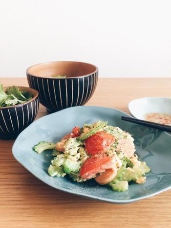 ゴーヤチャンプルーも、中華スープの素とレモン塩を使うといつもと違った味わいに。ゴーヤの苦味が苦手という方も、レモン塩でさっぱりと食べられますよ。