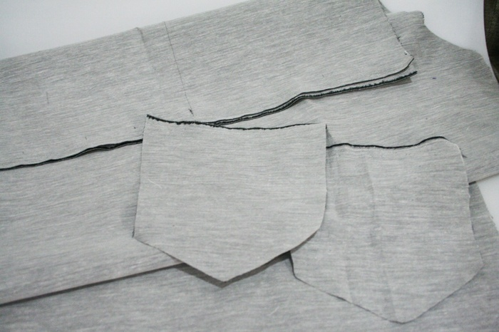 もんぺの詳しい作り方を紹介しているサイトもあります。裁断や縫製の工程など、詳しく載っているので参考にしてみてくださいね。