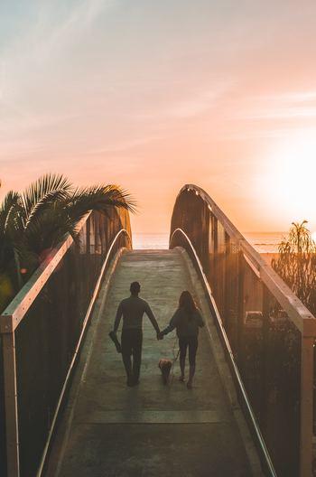 """新婚夫婦が知っておきたい、""""ダブルインカム""""の収入管理方法をご紹介しました。お金の流れを見直し、夫婦の将来を考えていくことで、お金に振り回されない余裕のある生活を送りましょう♪"""