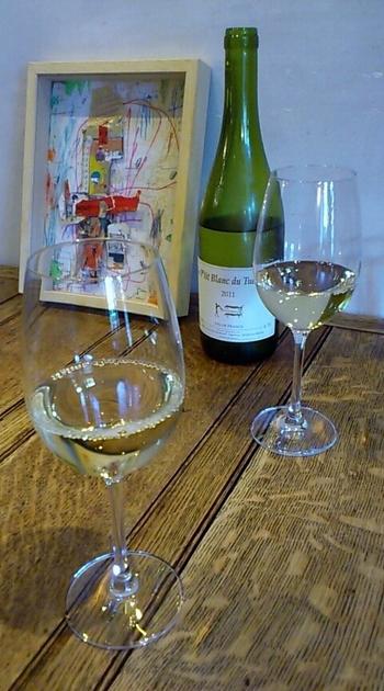 独自のこだわりをしっかりと持った、素敵なお酒たちをご紹介しました。お気に入りのお酒を見つけて、自分だけの特別な時間を過ごしてみませんか?