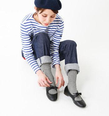 せっかく買うなら、やっぱり見た目と同じくらい履き心地にもこだわりたいですよね。しかも不具合のある靴を無理に履き続けると、姿勢や骨格にも悪影響が出ると言われています。 まずは、本当に自分の足にフィットする靴を選ぶことがなぜ大切なのか、その理由から見ていきましょう。