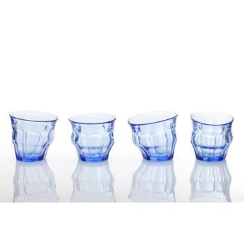 一点一点形が違うので、自分だけのオリジナルグラスを楽しめる「TIPSY GLASS(ティプシーグラス)」。個性豊かで見つめていたくなるようなグラスは、ついついいくつも揃えたくなる魅力を持っていますよね。
