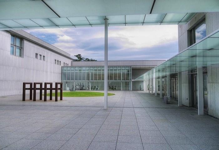 常設-企画展示、公開講座ついては同美術館のウェブサイトをご参照ください。