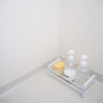 また、毎日の習慣もお風呂場をきれいに保つために大切なポイント。換気扇は24時間回す、窓やドアは開ける、カビが死ぬ50度以上のお湯を5秒かける、そして水気をできるだけ取り除く。こうしたこまめな習慣を家族みんなが身につけることで、掃除はもっと楽になりますよ!