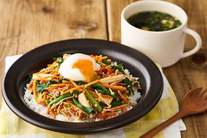 Kit Oisixの全メニューにレシピが付いているため、初めての方でも安心して調理できます。普段あまり作らない料理でも挑戦しやすいので、料理のレパートリーがぐんと広がりそうですね。