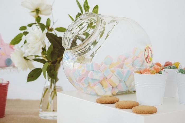 グミやマシュマロ、チョコなど、いつもは虫歯や食べすぎをとがめてしまうお菓子もこの日だけはいくらでもOK!可愛い笑顔をたくさんみたいですよね。