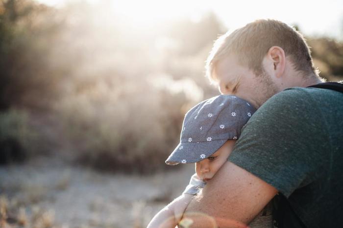 仕事で朝早くて夜も遅いパパとは、なかなか長く一緒にいるのは難しいですよね。週末も仕事というパパもいるかもしれませんが、記念すべきパーティーの日だけは家族揃って思い出の1日にしたいですよね。