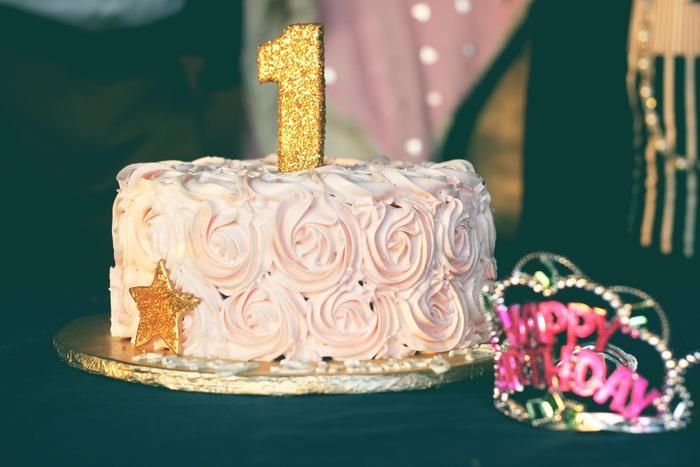 やっぱりバースデーケーキは特別!どんな味のケーキがいいのか、デコレーションは?ろうそくは?など子供と相談しても、秘密のまま当日のサプライズにしてもどちらも楽しいですね。