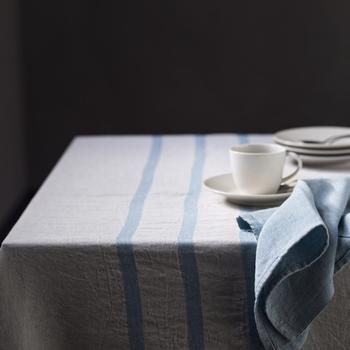 シンプルなデザインでナチュラルな色合いなのでバスタオルとしてはもちろん、テーブルカバーやショールなど、様々な用途に使えるのも魅力です。