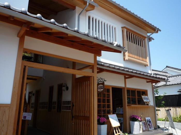 JR山陽本線の倉敷駅より、徒歩約13分の距離にある「果物小町」。