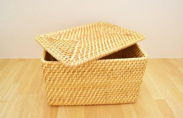 重ねて使える仕様になっていて、「長方形バスケット」「長方形ボックス」「取っ手付き角形バスケット」の3種類。それぞれ使い勝手が良く、大きさも選べて組み合わせも自由自在!