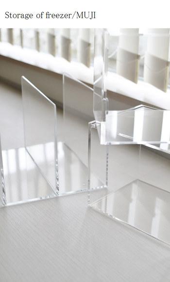 シンプルなデザインで人気の【無印良品】。数あるなかでも、すっきりとした透明感が魅力の「アクリル収納」をご存知ですか?今回は、おすすめアイテムと実用例をご紹介していきます。
