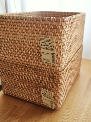軽く肌合いなめらかなラタン材を無塗装のまま使い、ベトナムの伝統製法でひとつひとつ手編みでつくられている「ラタン」材のバスケットは、無印良品の定番人気商品です。