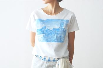 お気に入りを見つけたら...、さてどんなスタイルに合わせましょう。もちろん、Tシャツ&ジーンズといったスタンダードな合わせ方で問題はありません。そこに+α、ちょっとした気配りや工夫を意識するとよりおしゃれ度がアップしますよ。
