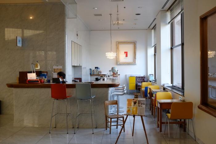 美術館には、仙台でも人気の高いカフェモーツァルトの姉妹店である「カフェ モーツァルト・フィガロ」、併設された記念館には「カフェ モーツァルト・パパゲーノ」と趣の異なる人気の2つのカフェもあります。さらにミュージアムショップでは、宮城県美術館オリジナルのグッズにも出会うことができますよ。