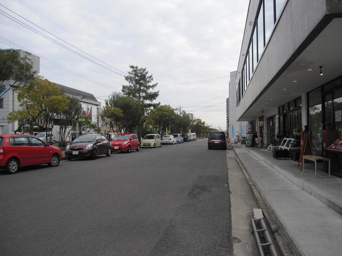 若者や女性を中心に人気のおしゃれエリア、問屋町。山陽本線北長瀬駅が最寄り駅となるおしゃれ雑貨やカフェが並ぶ街です。