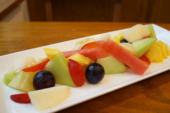 絶対においしいフルーツだけを取り扱う、老舗果物店「いたがき」。仙台に住んでいる方なら、贈り物や記念日にはこちらのフルーツやロールケーキを利用するという方も多いお店です。
