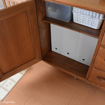 もちろん、棚の中に入れて使用しても良いですね。サイズを組み合わせれば、ぴったり収納することができます。