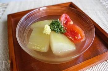 煮ることでとろりと柔らかくなるので、煮物もおすすめ!特に夏はトマトと一緒に淡い色の出汁で煮て、冷やし鉢などいかがでしょう?さっぱりと食べやすく、夏バテにも◎