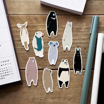 だらりとした動物達がなんとも可愛らしいフレークシール。マスキングテープ素材になっているので、貼って剥がせて気軽にデコレーションを楽しめます。お手紙は勿論、メッセージカードや手帳などにも彩りを添えてみては!