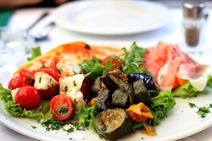 彩り豊かなテーブルに♪夏においしい「なす」「トマト」をたっぷりいただくレシピ