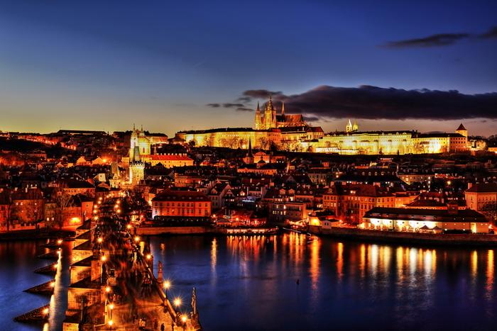 東欧の美しい景色はいかがでしたか?今回ご紹介した場所以外にも、美しい自然や街並みはたくさんあります。絶景の中に身を置いて、その美しさを体感してみてはいかがでしょうか?