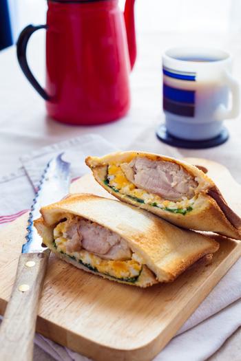 簡単に作れて栄養豊富なおかずサンドイッチ。今までごはんと一緒に食べるのが当たり前だと思っていたおかずも、パンに挟んでみればまた違ったおいしさにであえます。気になる組み合わせがあれば、ぜひ挑戦してみてください♪