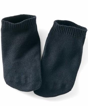 こっそり5本指の抗菌防臭ソックス/Live in comfort  見た目上は普通のソックスに見える、実はこっそり5本指ソックス。気持ちはいいけど、誰かに見られるのが恥ずかしい5本指ソックスの悩みどころを見事に解決してくれた画期的な1足。