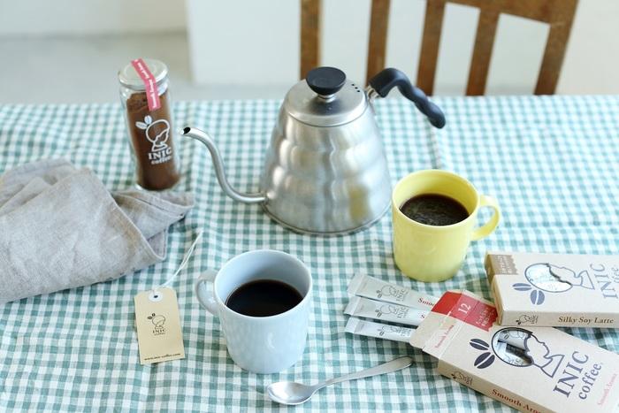 """コーヒー好きなら、アウトドアでも美味しいコーヒーを飲みたくなりますよね。そんなあなたにおすすめなのが、ドリップパウダー「INIC coffee(イニックコーヒー)」。本格的なコーヒーがたったの""""5秒""""で味わえます!  厳選された豆を使用し、従来のインスタントコーヒーとは全く異なる製法でつくられたドリップパウダーは、ハンドドリップで淹れたコーヒーの美味しさそのもの◎"""