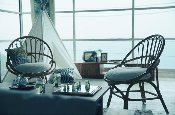 窓辺にそっと流木を置いておくだけで、ナチュラルな雰囲気で素敵なお部屋のアクセントになります。