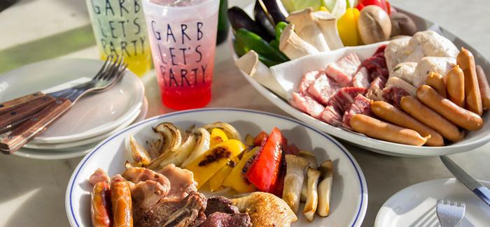 お肉と一緒に、地元の食材にこだわった野菜もたっぷり楽しめるメニューなので、海風を感じながらBBQを楽しめば夏バテも吹き飛びそうですね!