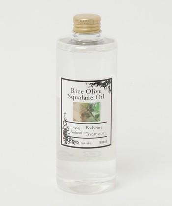ライスオリーブスクワランオイル/月下香  お肌をマッサージする際には伸びのよいオイルを使うのもオススメ。スクワランオイルはサラっとしてベタつきが少ないので夏の季節にも使いやすいのがポイントです。