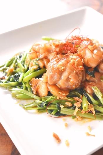 プリッと柔らかな鶏もも肉とシャキシャキの空芯菜のハーモニーが楽しめるオイスターソース炒めで本格中華を堪能しましょう。ビールにはもちろん、中華料理にピッタリの爽やかなジャスミンハイにもよく合います。