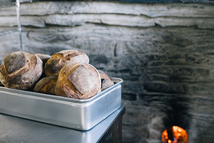 忙しい朝だからこそ、ゆったりとした時間を大切にしたいもの。焼きたてのパンがあれば、朝の時間を豊かなものへと変えてくれるはずです♪焼きたての香りと美味さを堪能しながら、毎日をスタートさせてみませんか?