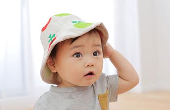 子供は思っているよりもたっぷり汗をかきます。バギーに乗っていても汗でびっしょりになってしまう帽子は1日何度もかぶりなおしたりすることも多いのではないでしょうか?