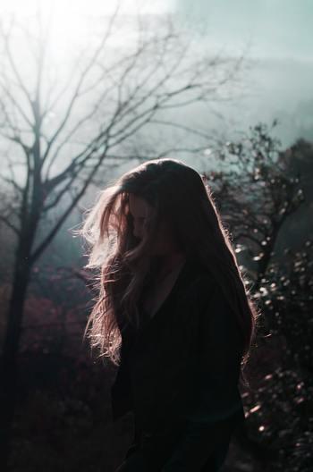 困った時にはもちろん嬉しい時でさえ他人事のように引いて見る。これは、自分にとっての大きな力とはいえ、少し寂しく感じる人もいるのではないでしょうか。