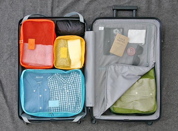 マチがしっかりしているから、スーツケースに入れてもスッキリと収まってくれます。パッと一目で内容が分かってストレスフリーなパッキングの完成です。