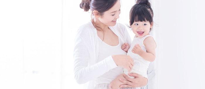岡山県倉敷市に住むふたりの主婦仲間が、シルクの素晴らしさを広めたいと立ち上がり、2012年2月にスタートした「くらしきぬ」。